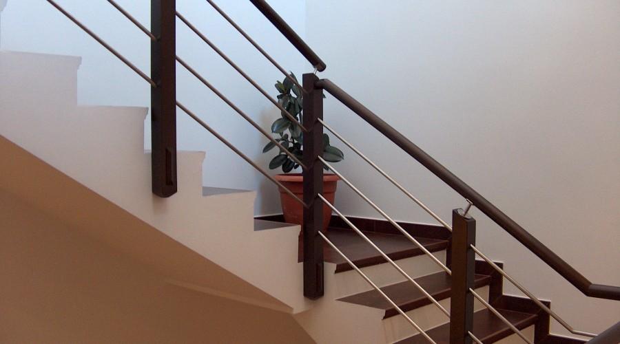 Oferta mes de Junio en Barandas Mixtas de Acero inoxidable y madera.